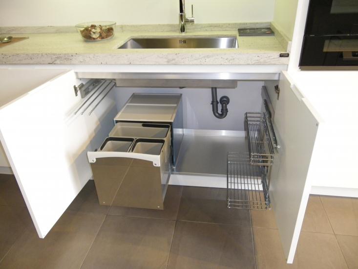 Garoa interiorismo somos una empresa de nueva implantaci n dedicada fundamentalmente a la - Interiores de cajones de cocina ...